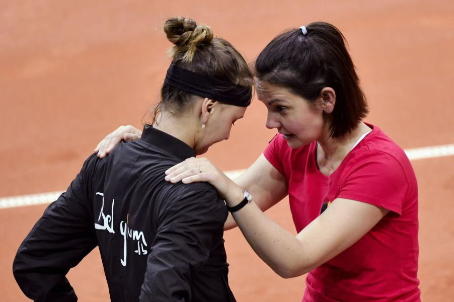 "Tenniscoach van de FedCup Dominique Monami over de DavisCup: ""Behoud die routine"""